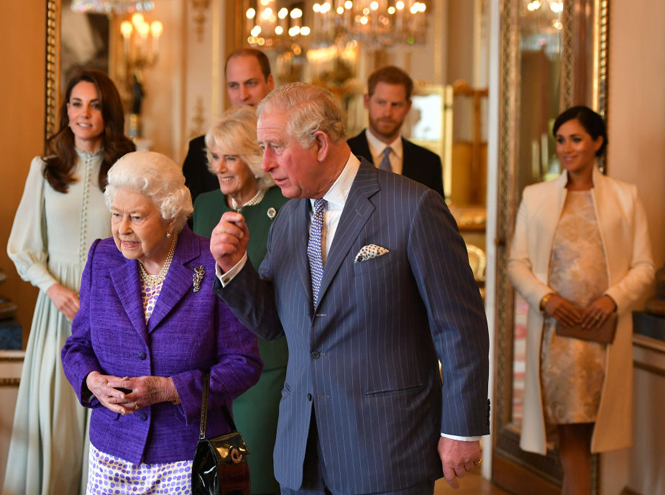 Фото №2 - Почему Елизавета II не отречется от престола ради принца Чарльза