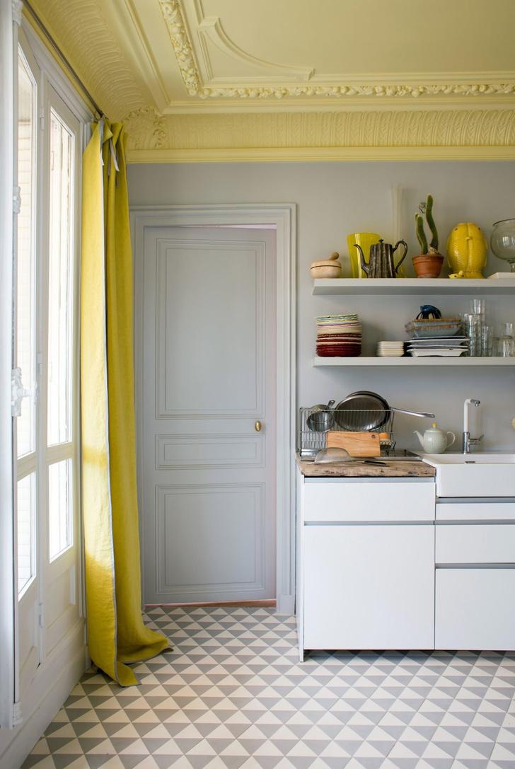 <p>Квартира в Париже.</p>