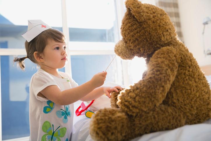 Фото №2 - Играем на здоровье: как помочь ребенку выздороветь с помощью игры
