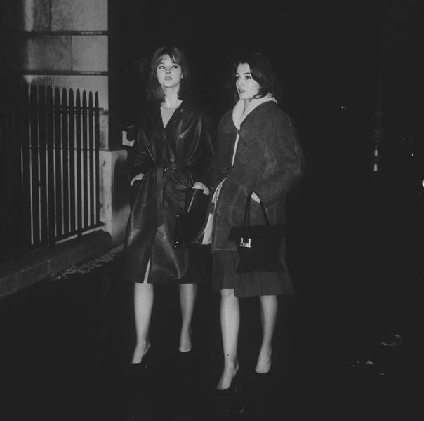 Фото №11 - «Современная Мата Хари»: как 19-летняя танцовщица крутила романы с британским министром и советским шпионом одновременно