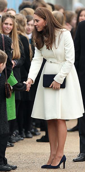 Фото №19 - В модном положении: две беременности герцогини Кембриджской (сравним?)