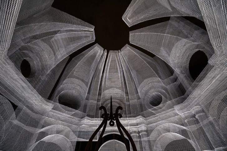Фото №3 - Эфемерная инсталляция из проволочной сетки в Равенне