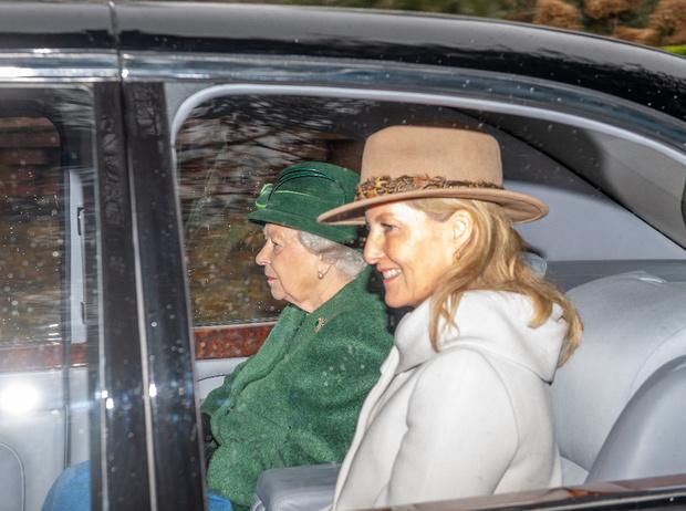 Фото №2 - Ради Короны: «любимая невестка Королевы» не будет праздновать свой день рождения
