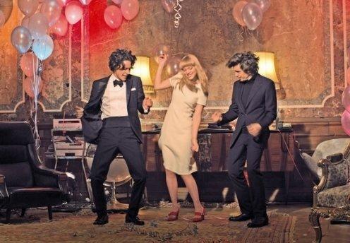 Фото №1 - Prada Candy: ироничная комедия о любовном треугольнике