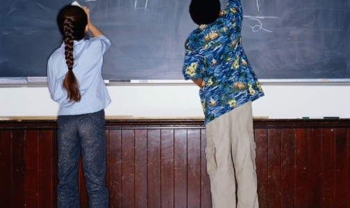 Фото №1 - Роспотребнадзор: в массовом заболевании учеников 237-й школы виноват вирус
