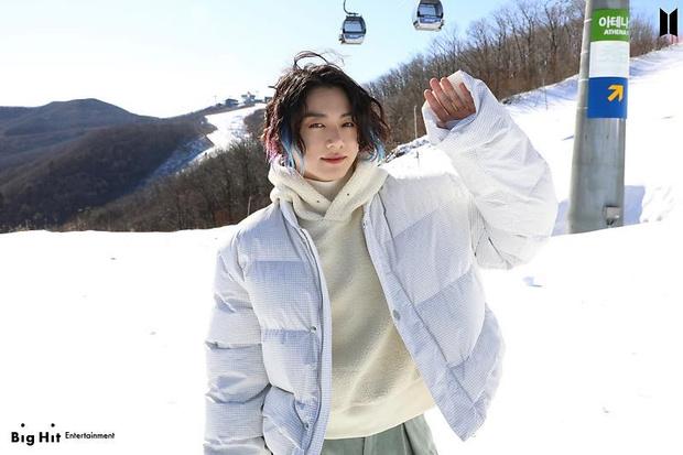 Фото №37 - Снежные ангелы: Big Hit Entertainment выложил 65 новых фото BTS 😍