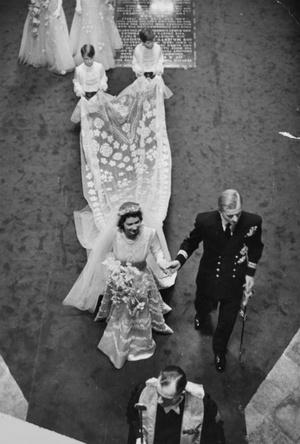 Фото №3 - Пока смерть не разлучит: почему Королева никогда не развелась бы с принцем Филиппом