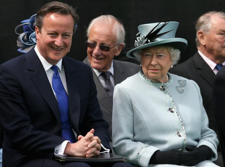 Фото №2 - Букингемский дворец недоволен откровениями бывшего премьер-министра