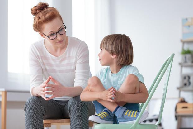 Фото №1 - 3 причины, почему родители боятся вести ребенка к психологу