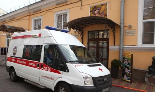 Фото №1 - Ребенка спасли от кровопотери после обрезания. Почему его нельзя делать на дому, рассказал петербургский врач