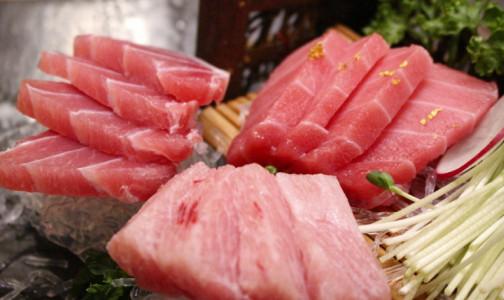 Фото №1 - Какие полезные продукты могут быть опасны для здоровья, предупредили диетологи