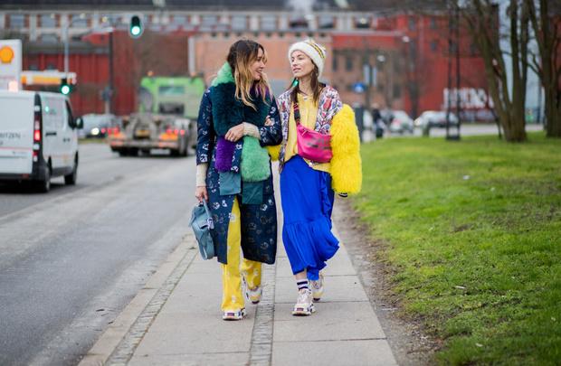 Фото №2 - Что такое ugly fashion и с чем сочетать ретро-кросы?