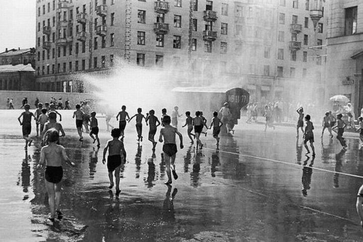Фото №1 - Как спасались от жары в СССР (ностальгическая галерея)