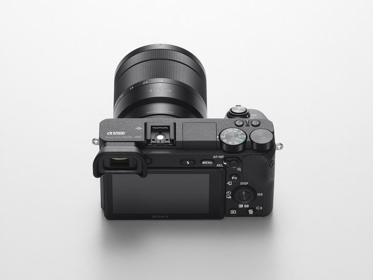 Фото №3 - Профессиональный фотоаппарат в кармане