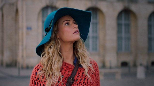 Фото №9 - 5 лучших fashion-образов из фильма «Mamma mia!» для тех, кто не готов прощаться с летом