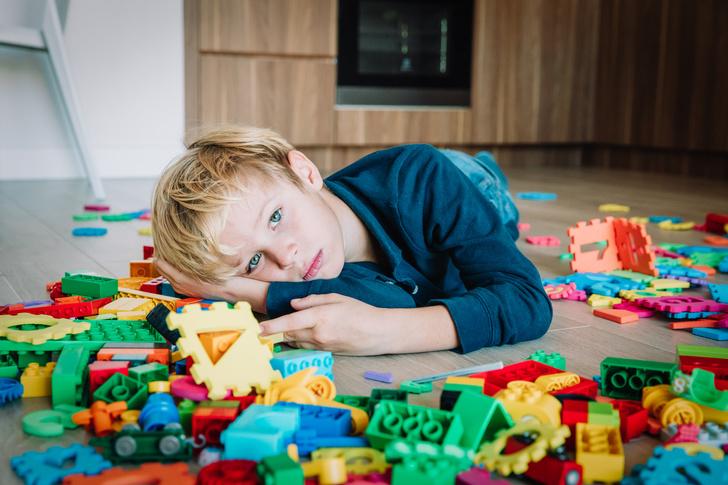Фото №2 - «Это все из-за прививок»: 8 нелепых мифов об аутизме, в которые до сих пор верят
