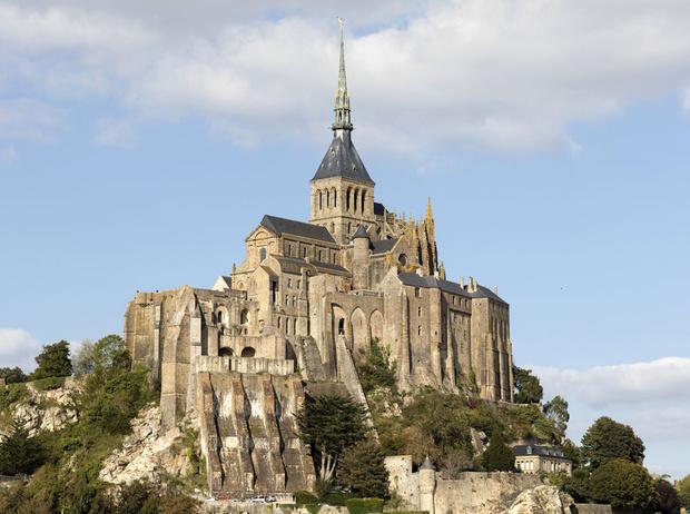 Фото №4 - 7 легендарных замков Европы