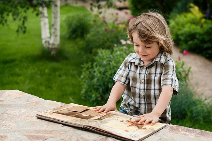 Фото №1 - Развивающие книжки на лето для самых маленьких