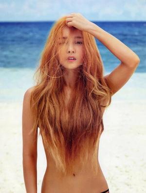 Фото №21 - Нескромные корейцы: 15 девушек-айдолов, которые не побоялись сняться топлес