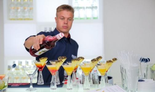 Фото №1 - Росстат сообщил, сколько литров алкоголя выпили россияне за полгода