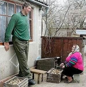 Фото №1 - Самым высоким человеком планеты признан украинец