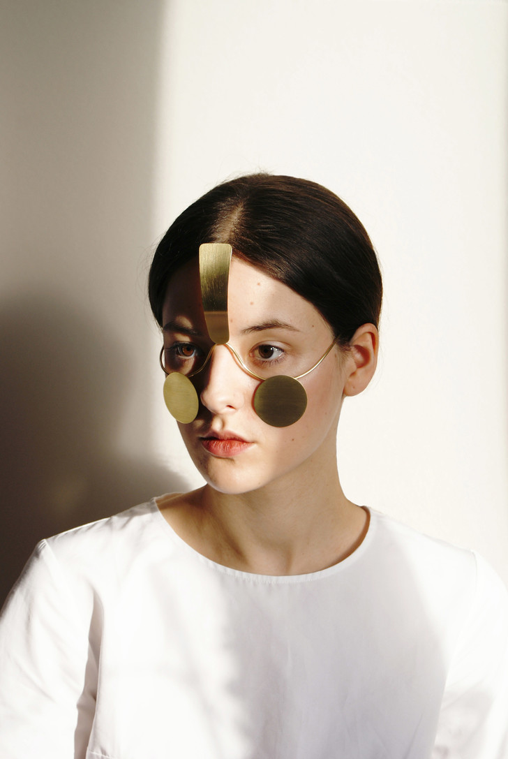 Фото №2 - Дизайнер изобрел маску, которая скроет от системы распознавания лиц