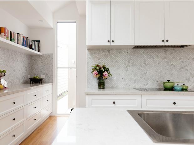 Фото №2 - От прихожей до ванной: как использовать мозаику в интерьере