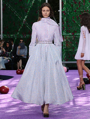 Фото №14 - Неделя Высокой моды в Париже: Dior Couture AW2015/16