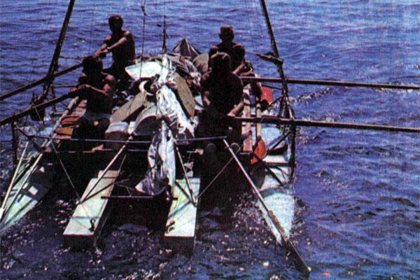 Фото №1 - Семимаран в Тихом океане