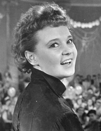 Фото №9 - Звездная пластика в СССР: какие операции делали Гурченко, Орлова и Мордюкова
