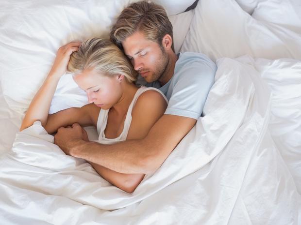 Фото №2 - Тест на отношения: о чем говорит поза, в которой вы спите с партнером
