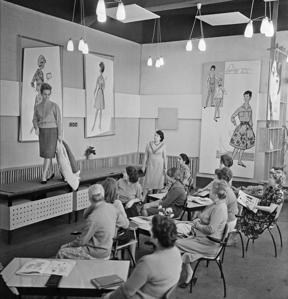 Фото №8 - Когда наши женщины стали носить брюки, кто превратил Брежнева в дэнди: тайное закулисье советской моды