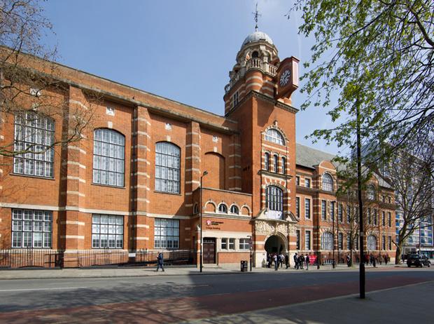 Фото №2 - Где учились Маргарет Тэтчер и Джона Гальяно: лучшие британские университеты (часть 1)