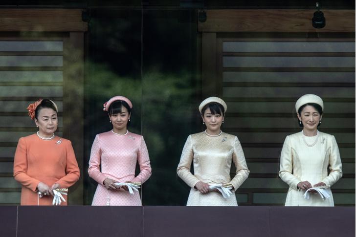 Фото №4 - Японский Мегзит! Принцесса выходит замуж за простолюдина и бежит из дворца