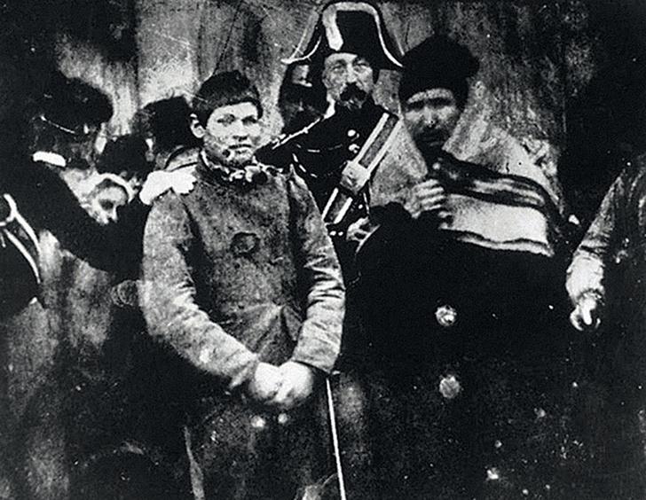 Фото №9 - Первое фото, первое селфи,первый фоторепортаж— все пионеры фотографии в одном материале