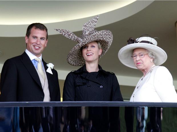 Фото №3 - Как внучка Елизаветы спасает королевскую семью от раскола