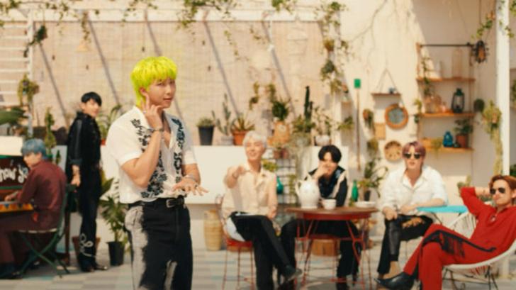 Фото №4 - Что BTS хотели сказать треком «Permission to Dance»? 🎶🕺