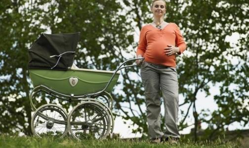 Фото №1 - Госдума не поддерживает идею о запрете суррогатного материнства