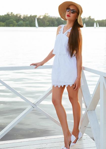 Фото №4 - Тренд лета: как носить платье в крестьянском стиле