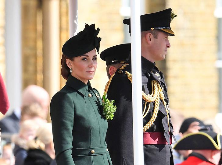 Фото №1 - Герцогиня Кембриджская на параде в честь Дня святого Патрика