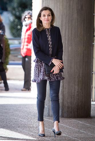 Фото №5 - Как (и благодаря кому) джинсы стали частью делового дресс-кода