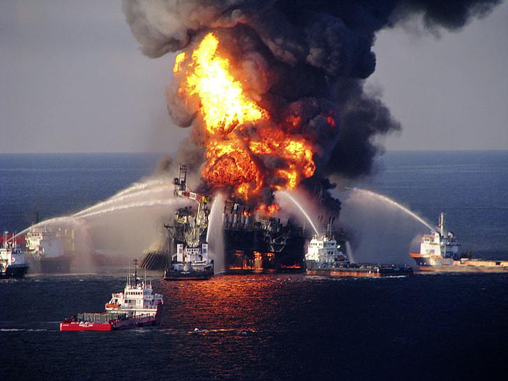 Фото №2 - Черная вертикаль: факты о нефти в цифрах