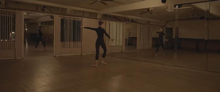 Фото №1 - Короткометражка недели: «Танцовщица» (ужасы, 2021, США, 7:45)
