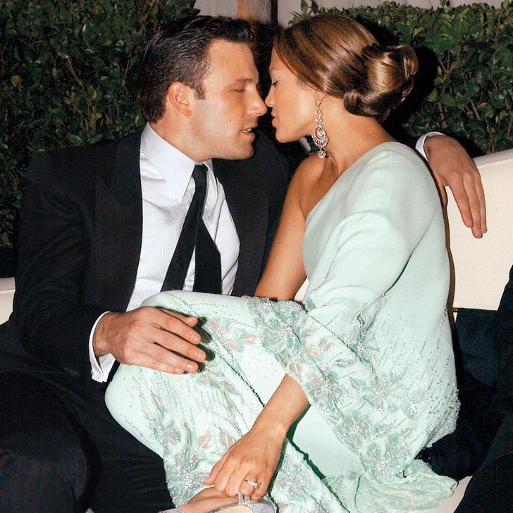 Фото №1 - Страсти накаляются: Дженнифер Лопес и Бен Аффлек на романтическом свидании в ресторане