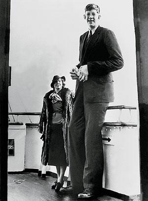 Фото №1 - Каков был рост самого высокого человека?