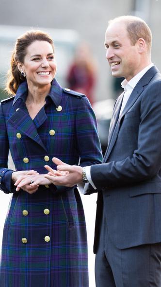 Фото №5 - Всегда безупречна: 10 лучших причесок герцогини Кейт на любой случай