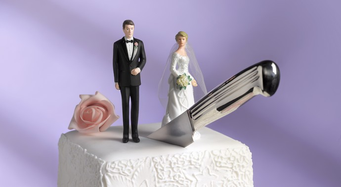 Как пережить потерю друзей после развода