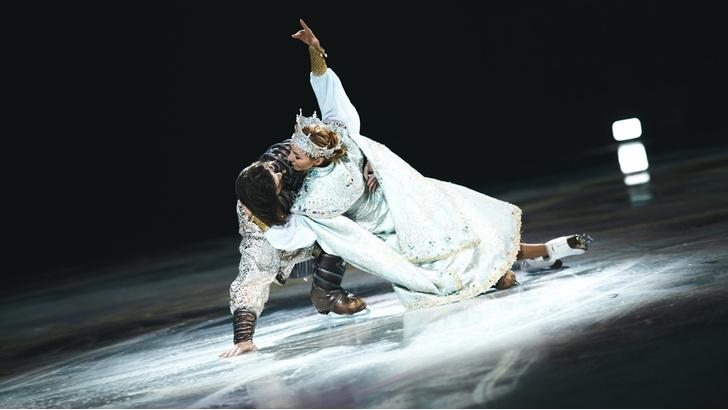 Фото №2 - Премьера ледового шоу Навки «Руслан Людмила» в Анталии состоялась при полном аншлаге