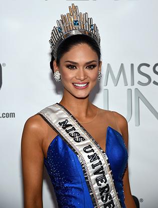 Фото №6 - На конкурсе «Мисс Вселенная 2015» корону вручили дважды