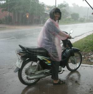 Фото №1 - К Вьетнаму движется мощный тропический шторм